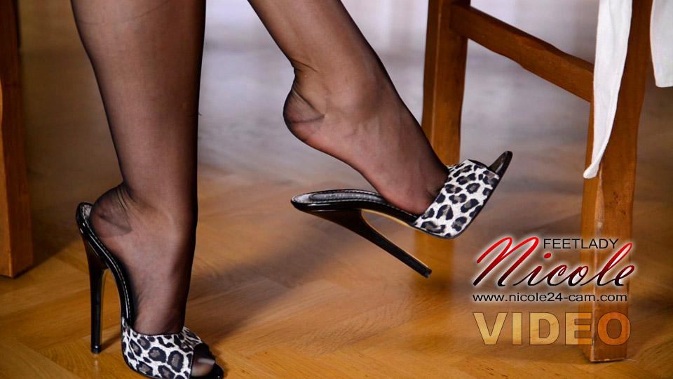Beautiful feet in pantyhose pedal pumping - 2 7