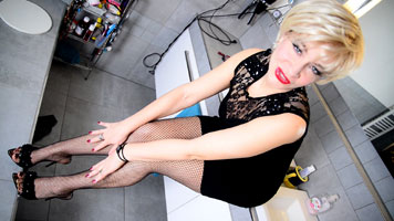 Blowjob in Fishnet Pantyhose and High Heels